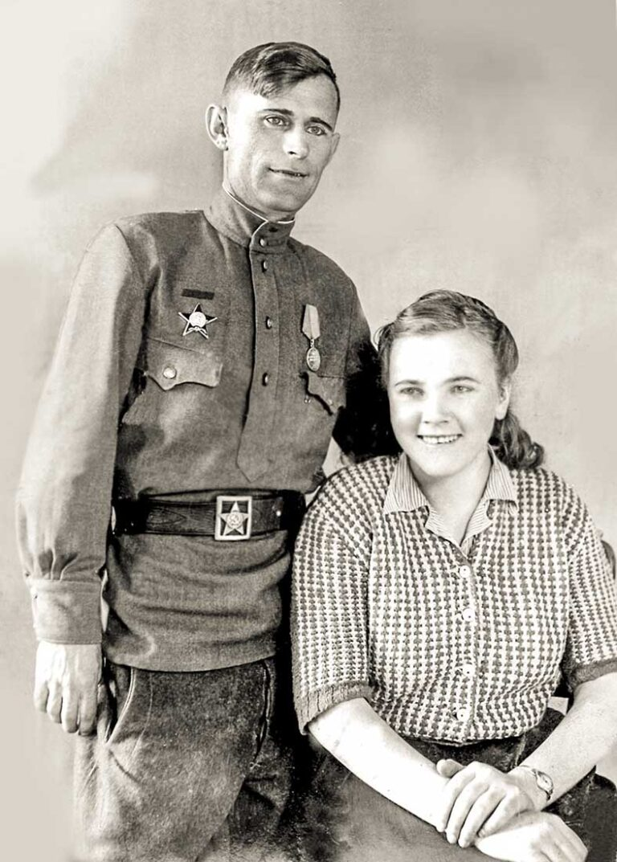 Мартынов Григорий Иванович и Бреева Иниа Трофимовна. 1945 год, Венгрия.