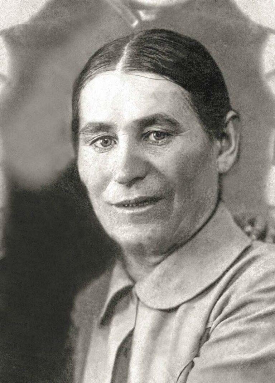 Мартынова Евдокия Яковлевна , бабушка по отцовской линии Снимок 20-х годов