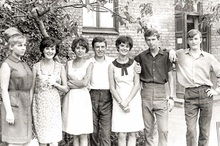 Четверокурсники. (Крайний справа)